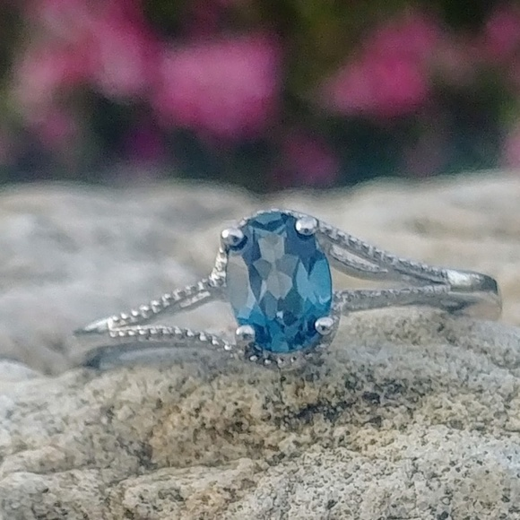 unbranded Jewelry - London Blue Topaz Sterling Silver Ring